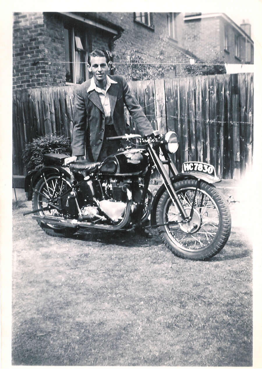 A good read at teatime.  Geoff%20with%201946%20Triumph%20Speed%20Twin%20cost%20New%20186%20HC7830%20small